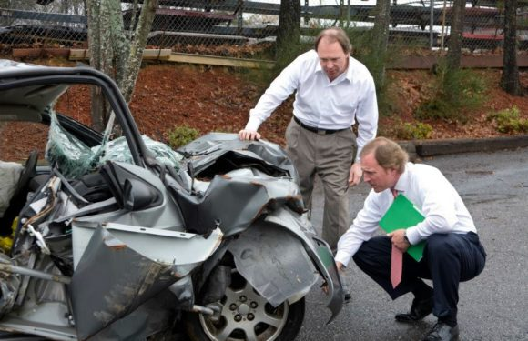 All About Hiring And Working With A Car Accident Lawyer!
