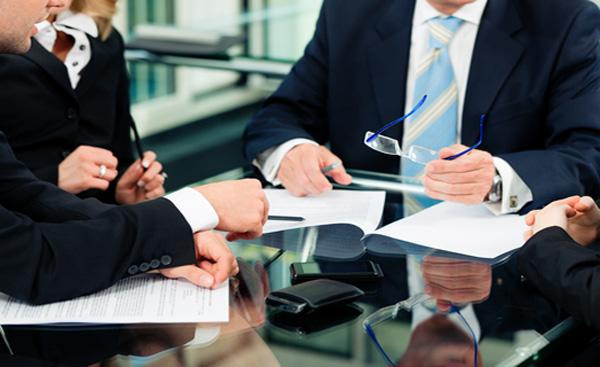 Best corporate litigation lawyer