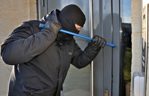 Guide to Selecting a Vandalism Damage Public Adjuster in Boca Raton